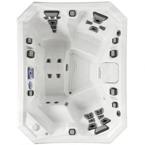 The V65L Hot Tub (3 Person Hot Tub – 22 Jets)